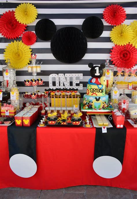 Mickey Mouse  Ee  St Ee    Ee  Birthday Ee    Ee  Party Ee    Ee  Ideas Ee   For  Ee  St Ee    Ee  Birthday Ee