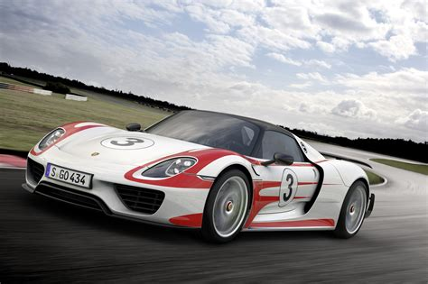custom porsche 918 porsche finalizes performance figures for 918 spyder 0