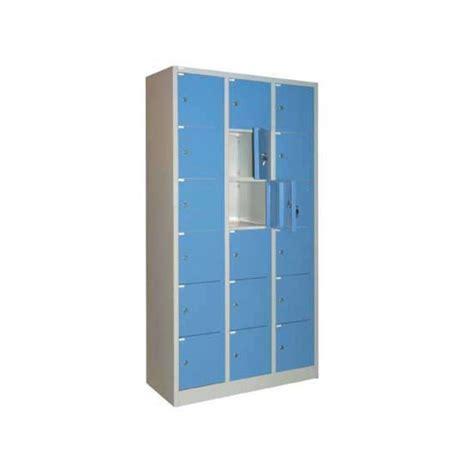 Lemari Locker Krisbow jual lemari locker 18 pintu krisbow 180x90x39cm kw1700204