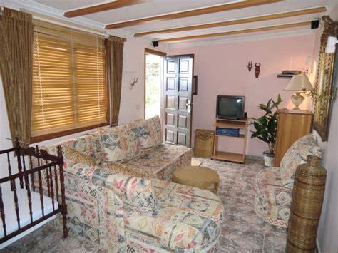 modern eingerichtete wohnzimmer ferienhaus casa urlaubswohnungen teneriffa