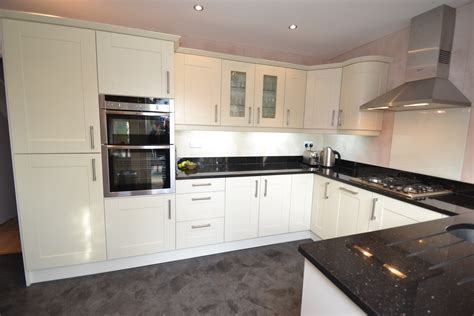 Kitchen Worktop Lights Kitchen Makeover The Glade Signature Homes Ltd