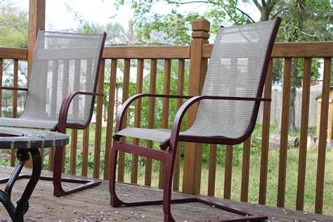refurbish outdoor furniture with spray paint like new 1 more than 2