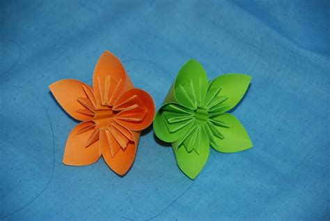 Post It Note Origami - post it note kusadama flowers 183 an origami flower