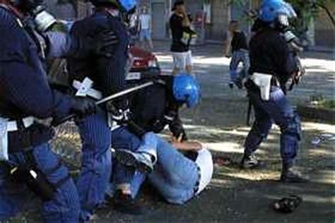 stipendio funzionario d italia il capo della polizia pi 249 pagato e la polizia pi 249