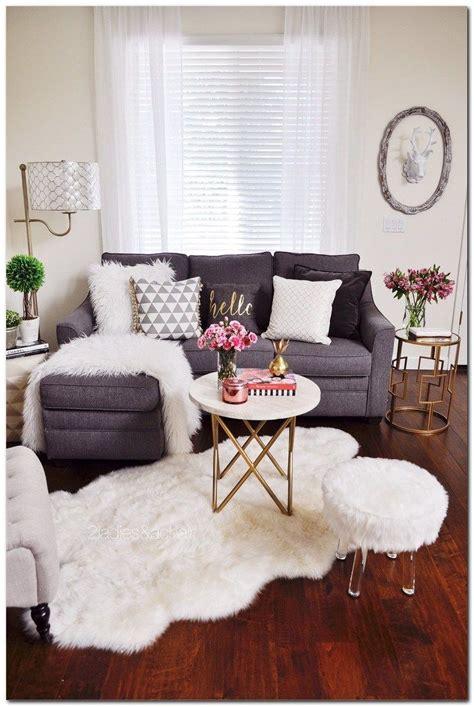 decorating small apartment ideas  budget home