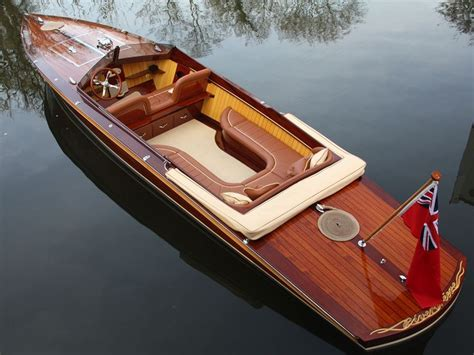 small wooden boat best 25 wooden boats ideas on pinterest