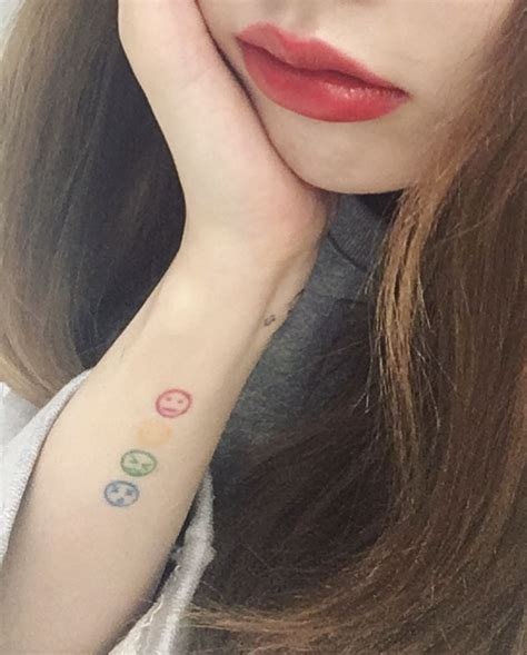 hyuna tattoo 4minute hyuna back