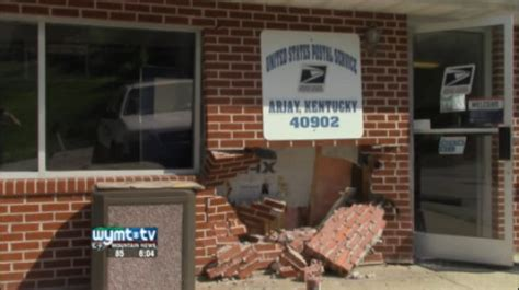 kentucky post office damaged in hit and run
