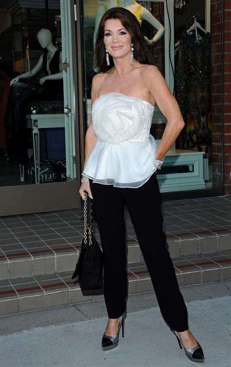 how to get lisa vanderpump hairstyle lisa vanderpump slacks lisa vanderpump looks stylebistro