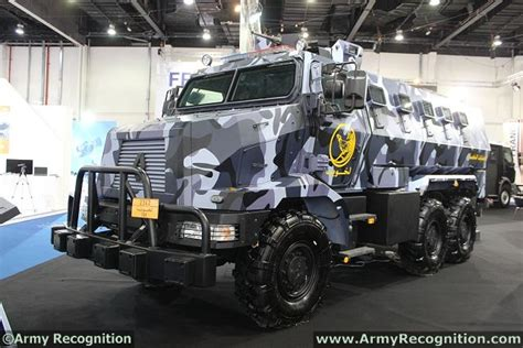 renault trucks defense renault trucks defense acmat panhard at idex 2013 with a