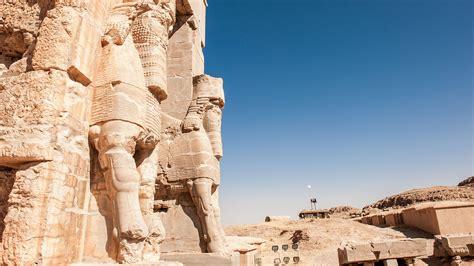 esfinges aladas del imperio asirio