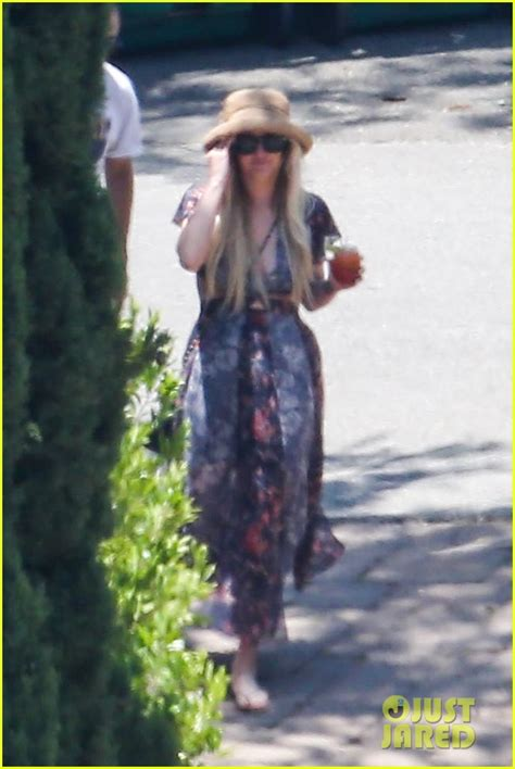 jessica simpson july 2014 jessica simpson throws a pre wedding barbecue for july 4th