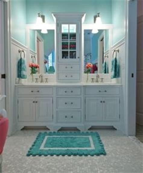 jack n jill bathroom ideas 1000 images about jack jill bathrooms on pinterest
