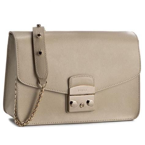 Furla Metropolis Mini Creta handbag furla metropolis 884956 b bhv7 are creta clutch bags handbags www efootwear eu