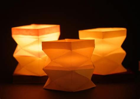 Folding Paper Lanterns - 13 best images about paper lanterns on crafts