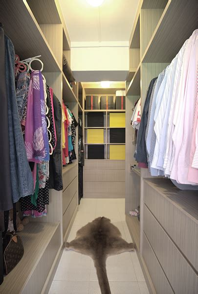 13 hdb flats with walk in wardrobes