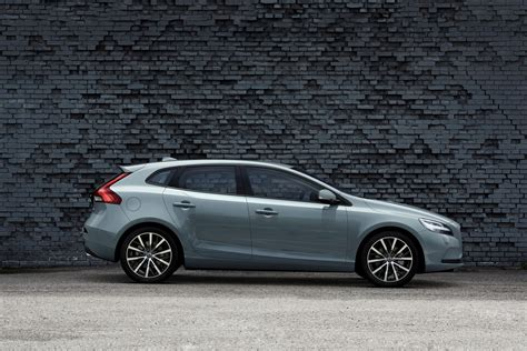 Volvo Cars Gives The Of Volvo To The V40 Volvo