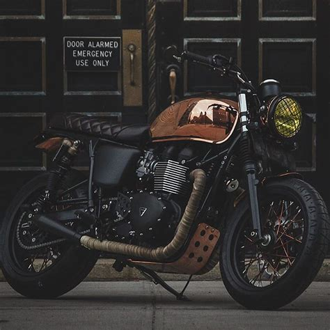 Triumph Motorrad Instagram by The Triumph Bonneville Miss Penny Is A Copper Plated Gem