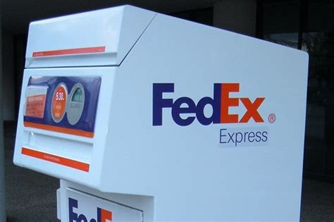 Fedex Background Check Scam Alert 1 300 Fedex Envelope Is A Money Credit And You 169