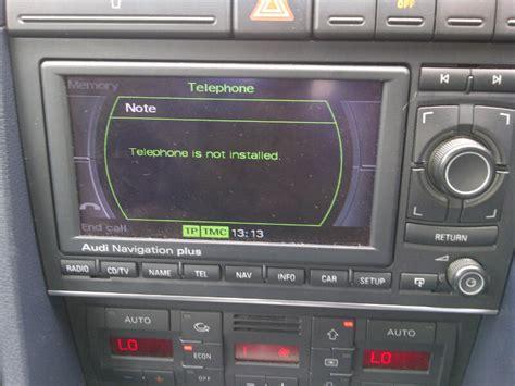 Speaker Bluetooth Aktif M 335 tel button telephone not installed
