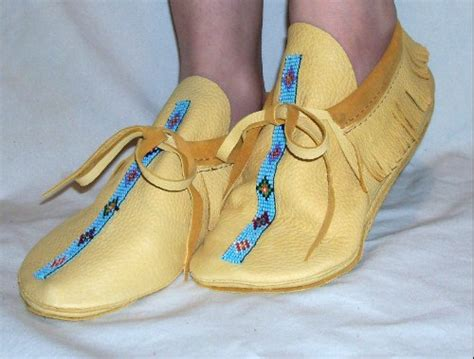 Handmade Indian Moccasins - artisan made leather moccasins with bead work custom by