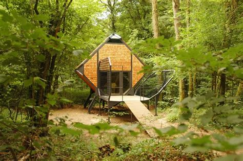 treehouse cottages in 38 exles of nature blended architecture
