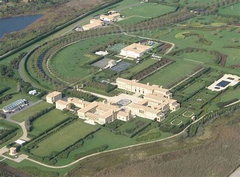 largest house in us 10 biggest houses in the world