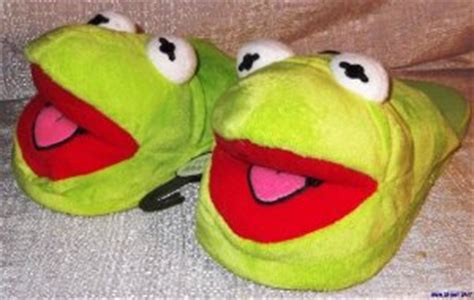 kermit slippers the muppets slippers cool stuff to buy and collect