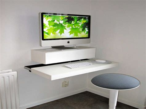 small corner computer desk for small spaces idea