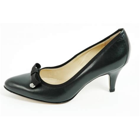 kaiser sizilia navy leather court shoes mid heel