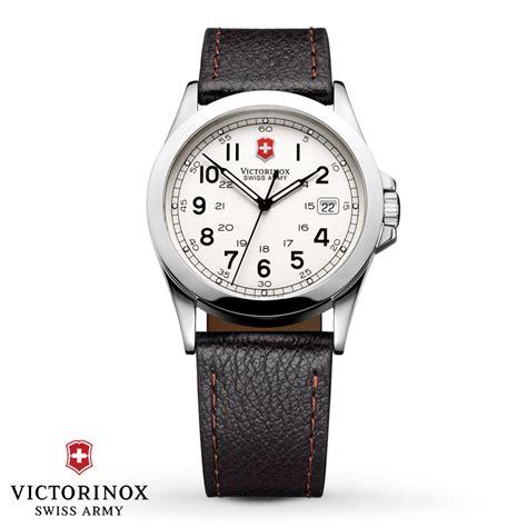 Kay   Victorinox Swiss Army Men's Watch Infantry 24654