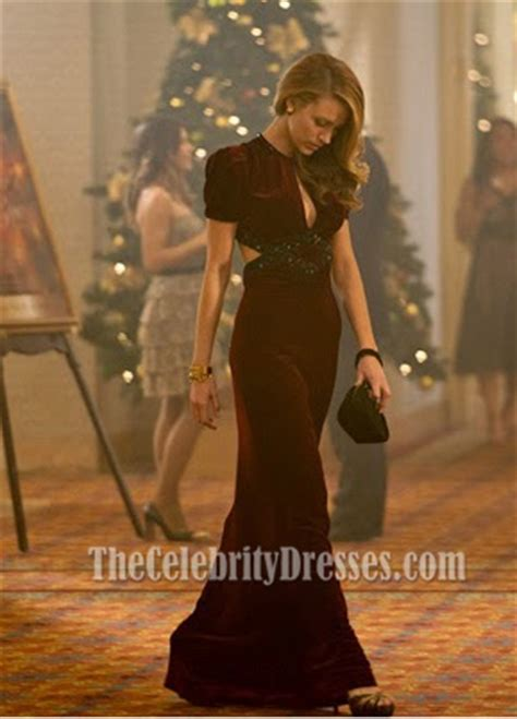 dressing style at the age of 44 for ladies blake lively burgundy evening dress the age of adaline