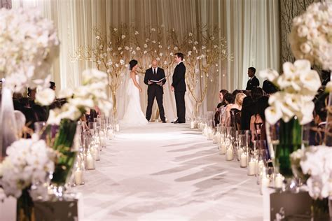 20 Best Winter Wedding Ideas   Cozy Winter Weddings