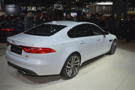 jaguar back 11 things to know about the 2016 jaguar xf