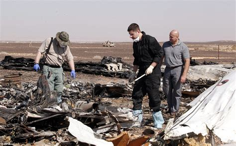 russian plane crash egypt kills 24 isis militants 70km russian plane crash team locate black box which could