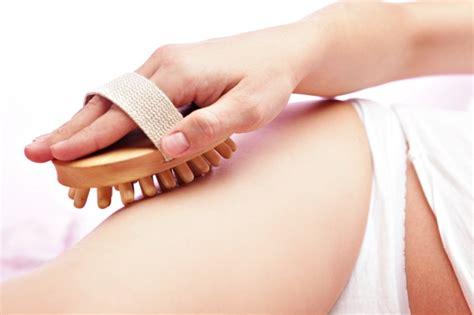 sensazione di bagnato prima ciclo mestruale pelle a buccia d arancio in menopausa i metodi per