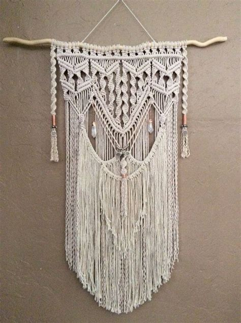 Large Macrame Wall Hanging - 25 best ideas about hanging tapestry on