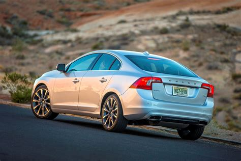volvo cars introduces pay    pay  lifetime parts labor warranty volvo car
