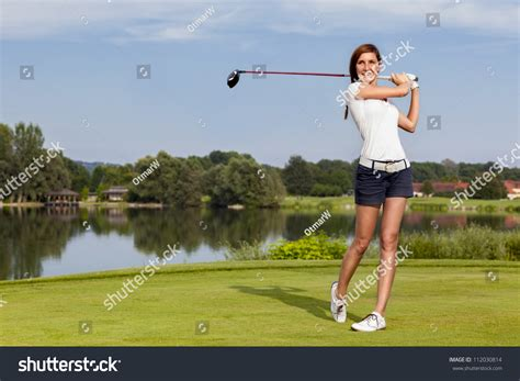 Swing Golf Italiano by Golf Player Teeing With Driver From Box