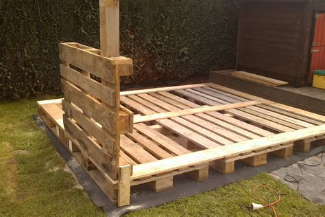 How To Build A Pallet by The Pallet Playhouse