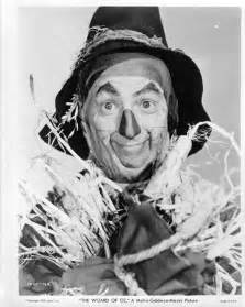 scarecrow makeup wizard of oz in the wizard of oz