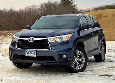 Toyota Highlander Used 2014 2014 Toyota Highlander Drive Review Consumer