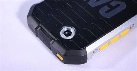Tas Jelly 920 telefons kas izturīgāks par nokia 3310 spoki