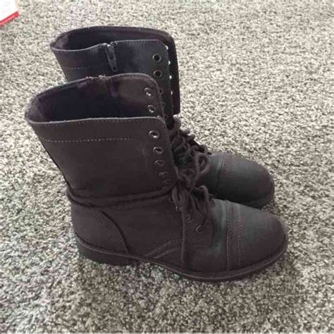 38 mossimo supply co shoes mossimo combat boots