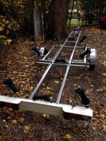 boottrailer voor zeilboot boottrailer voor sloep of zeilboot tussen 5 3 en 6 5 meter