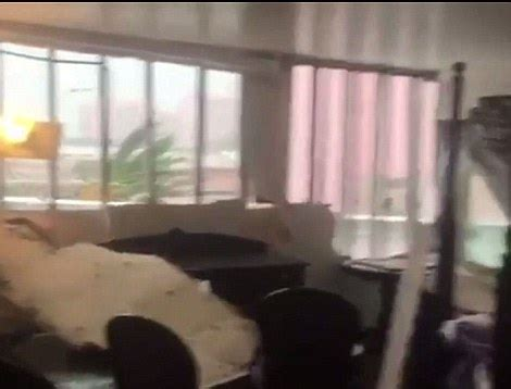 Hit The Room by Hurricane Matthew Causes More Chaos Across The Bahamas Daily Mail