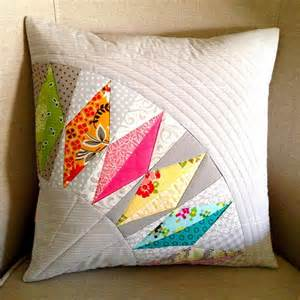Patchwork Designs For Cushions - 25 best ideas about patchwork pillow on
