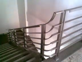 Small Bedroom Ideas With Full Bed Install Your Best Stair Handrail Stair Constructions