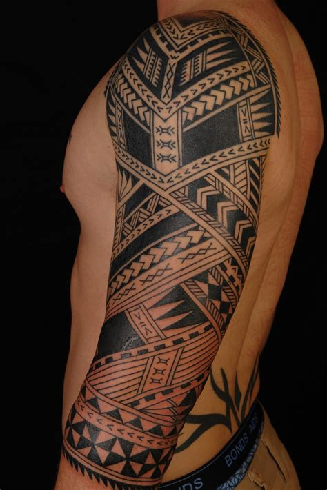 four arm tattoos maori polynesian polynesian 3 4 sleeve