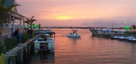 ocean city md boat show de lazy lizard ocean city md waterfront restaurant